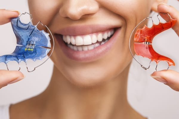 Orthodontics-motivo dental